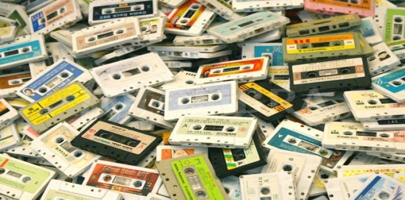 ¿Qué encontramos al principio del cassette si rebobinamos toda la cinta?