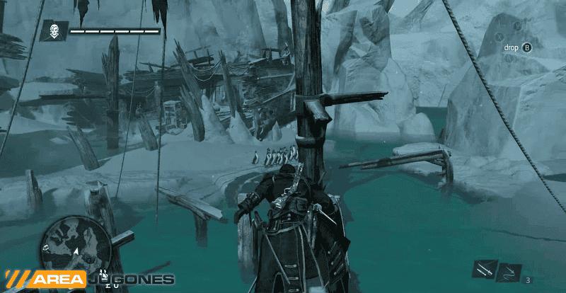 Shay caminando por un mástil en los restos del Sapphire, donde podemos ver cómo lleva a la espalda su rifle de aire, dos pistolas, además de la espada y el cuchillo.