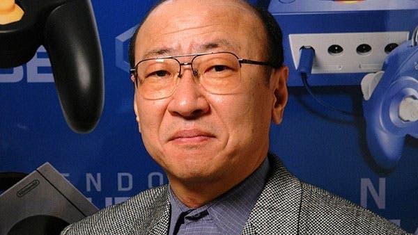 Tatsumi Kimishima en la presentación de GameCube