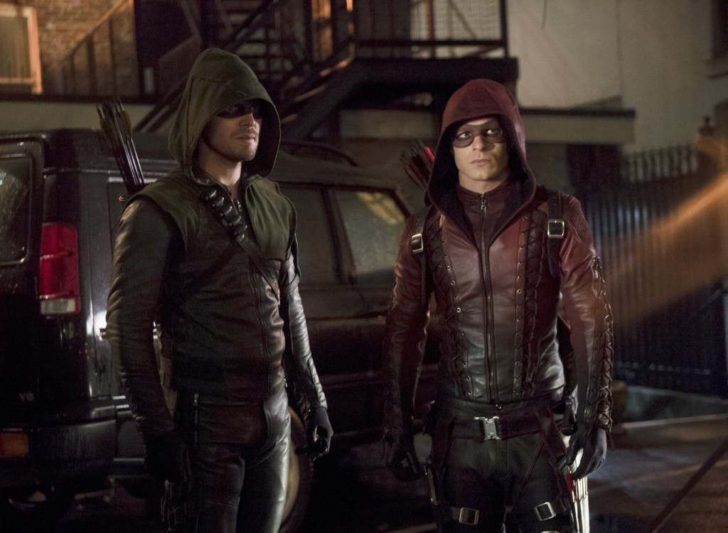 """Arrow -- """"Canaries"""" -- Image AR313A_0274b -- Pictured (L-R): Stephen Amell as Oliver Queen / The Arrow and Colton Haynes as Roy Harper / Arsenal -- Photo: Diyah Pera/The CW -- © 2015 The CW Network, LLC. All Rights Reserved."""