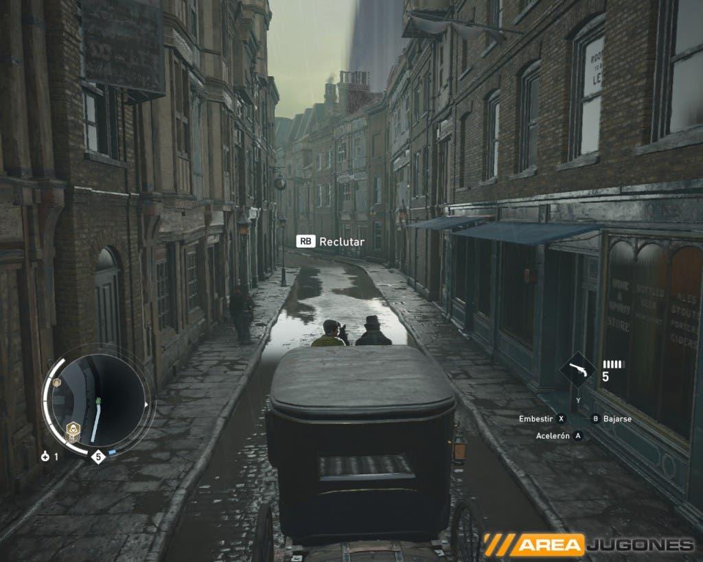 """La noche en Syndicate cambia por completo la """"ambientación"""" londinense, pero por desgracia dura muy poco y no afecta en prácticamente nada a la jugabilidad ni el comportamiento de la gente en la ciudad. Esto es algo que Ubisoft, tras tantos años seguidos sacando juegos en la saga Assassin's Creed, podría incorporar de forma más realista con opciones jugables distintas."""