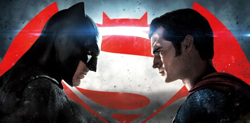 Warner Bros. muestra dos pósters inéditos de Batman y Superman