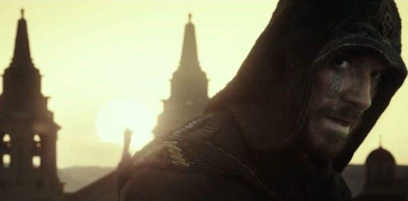 Nuevo póster e imágenes de la película Assassin's Creed