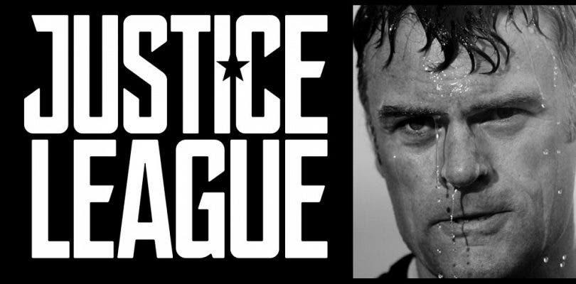 Julian Lewis Jones se une a Justice League en un misterioso papel