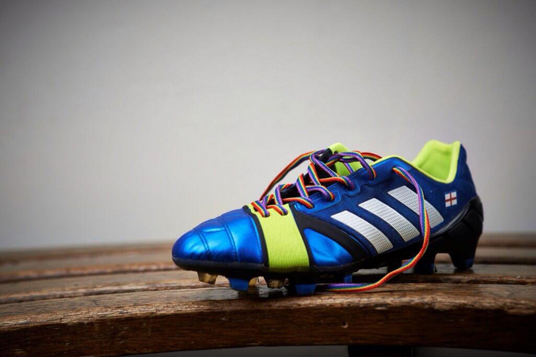 FIFA 17 rainbow laces