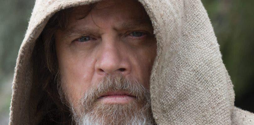 Mark Hamill da su explicación al final de Luke Skywalker en Star Wars: Los últimos Jedi