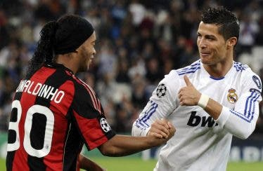 ¿Quién ganará en PES 2017: 11 Cristianos u 11 Ronadinhos?
