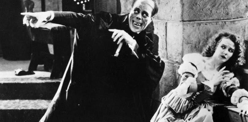 Jorobado de Notre Dame y Fantasma de la Ópera llegan a Dark Universe