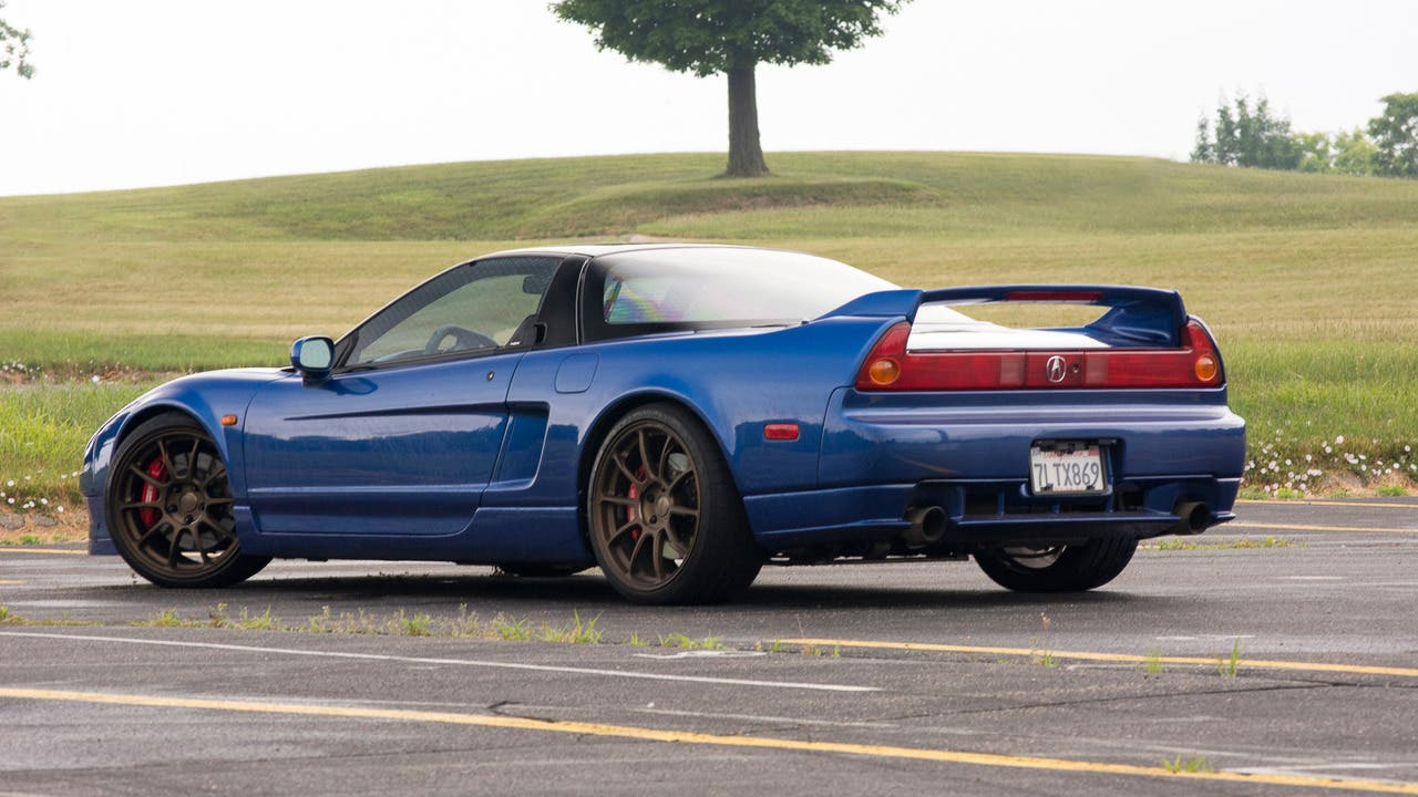 Imagen de Un glitch revela uno de los próximos coches de Gran Turismo Sport