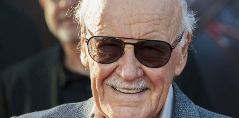 Hospitalizan a Stan Lee por extraños problemas cardíacos
