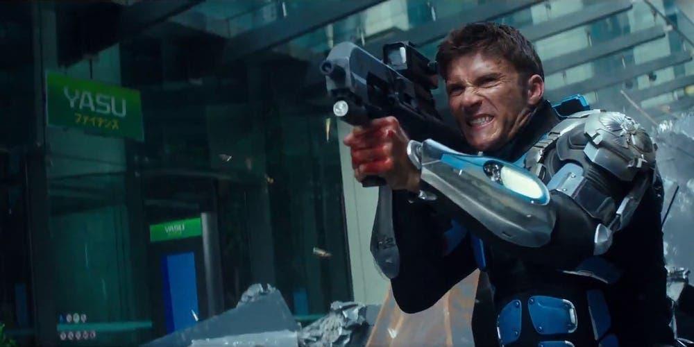 Pacific Rim Uprising Scott Eastwood Jake Pentacost Fires Gun