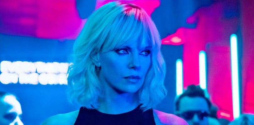 Charlize Theron volverá a pegar fuerte en Atómica 2
