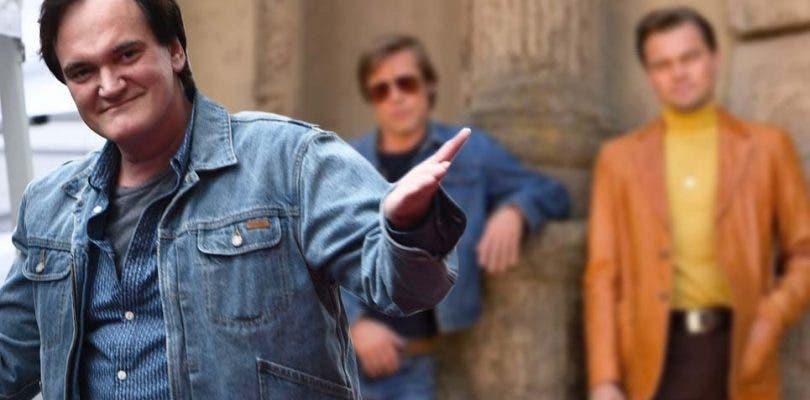 Brad Pitt y Leonardo DiCaprio brillan en la primera imagen de la película de Tarantino