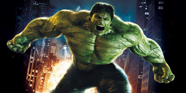 Imagen de Edward Norton culpa a Marvel del mal guion de El Increíble Hulk