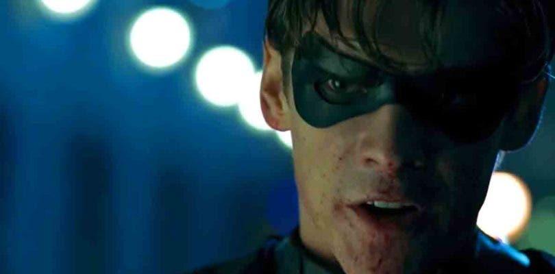Robin masacra entre oscuridad en el primer tráiler de Titans