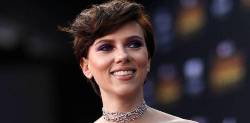 Scarlett Johansson abandona Rub & Tug debido a la polémica