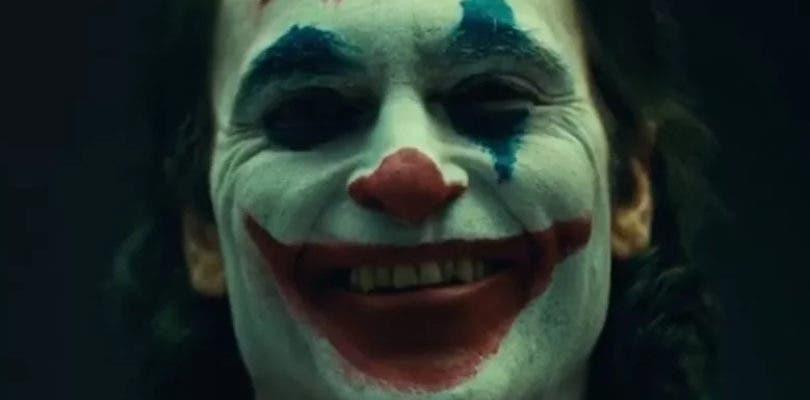 Joaquin Phoenix se transforma por primera vez en el Joker en su primer vídeo oficial