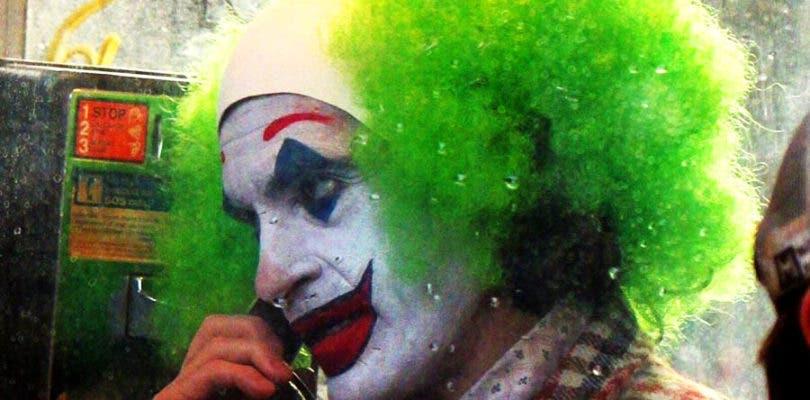 Joaquin Phoenix muta a payaso en las nuevas imágenes de Joker