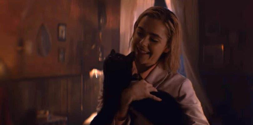 Adiós al gato cómico; Salem aterroriza en el nuevo clip del reboot de Sabrina
