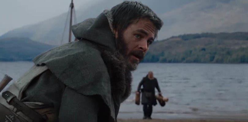 Chris Pine enloquece en una nueva escena eliminada de El rey proscrito