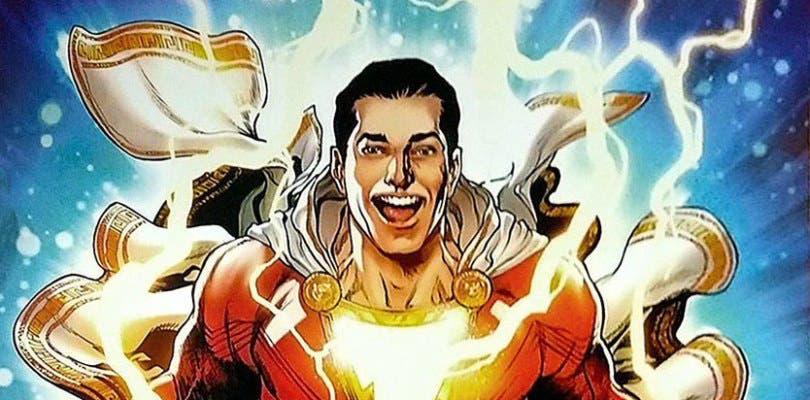 Billy Batson saca músculo en los nuevos pósteres de Shazam!