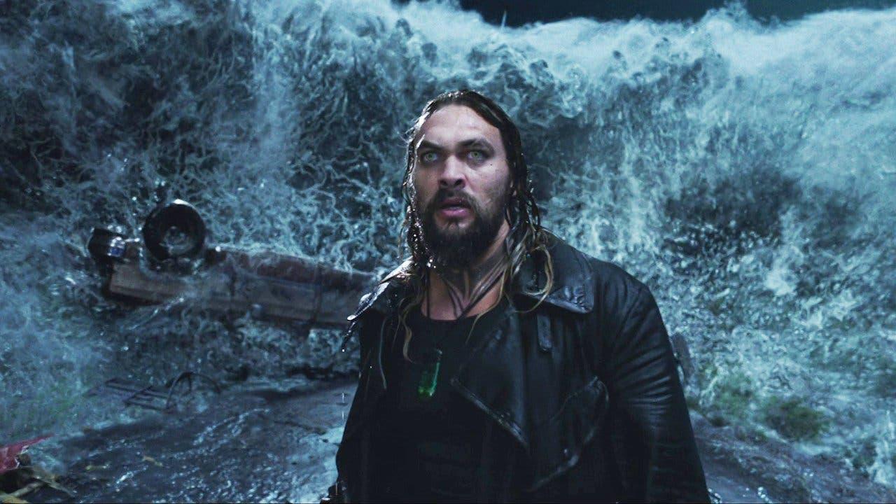 Imagen de Jason Momoa impacta anunciando que Aquaman 2 será
