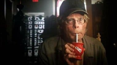 Imagen de It: Capítulo 2 descartó un cameo de Stephen King joven interpretado por su hijo