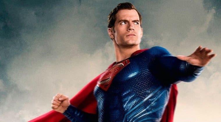 Imagen de Henry Cavill se resiste a colgar la capa de Superman