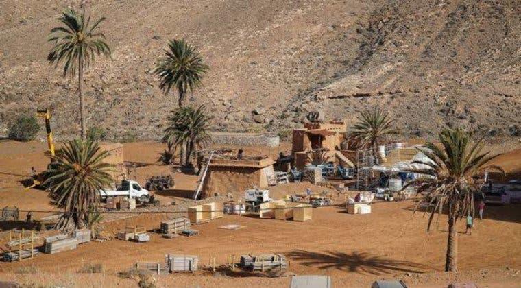 Imagen de Evacuado el equipo técnico y artístico de Los Eternos tras hallar en Fuerteventura una bomba
