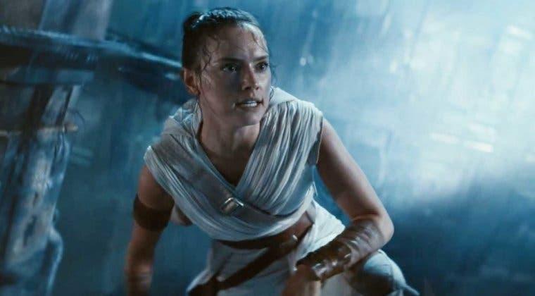 Imagen de ¿De quién son las voces que oye Rey en Star Wars: El Ascenso de Skywalker?