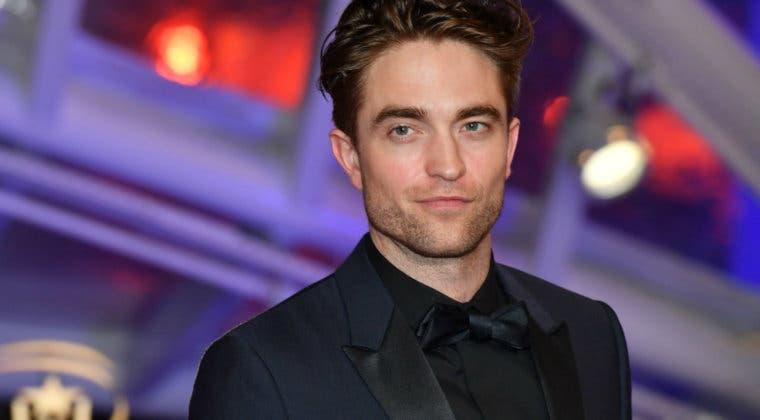 Imagen de El protagonista de The Batman, Robert Pattinson, es nombrado hombre más guapo del mundo