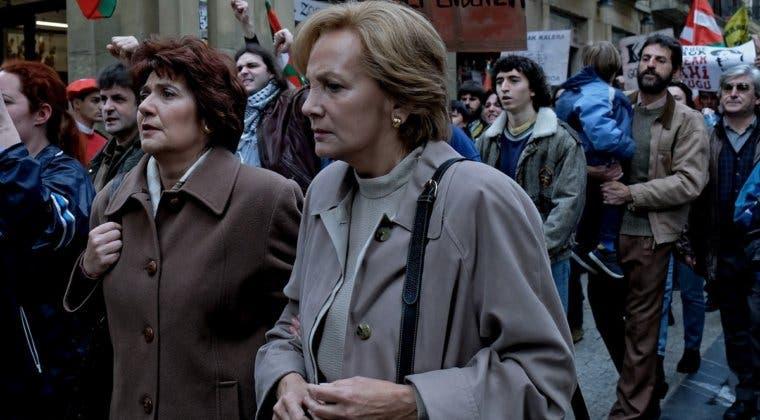 Imagen de Horario y dónde ver gratis el primer capítulo de Patria, la serie española más esperada