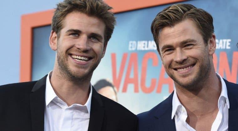 Imagen de Liam y Chris Hemsworth preparan una película juntos
