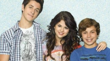 Imagen de Disney Plus censura los escotes en Los Magos de Waverly Place
