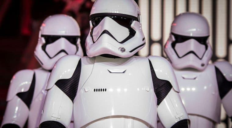 Imagen de Los Stormtroopers de Star Wars mantienen la distancia de seguridad en Disney World