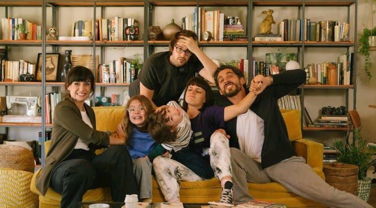 Imagen de Mamá o papá es la nueva comedia española que protagonizarán Paco León y Miren Ibarguren