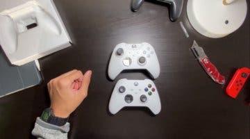 Imagen de Muestran el mando de Xbox Series X y Xbox Series S en un 'unboxing'