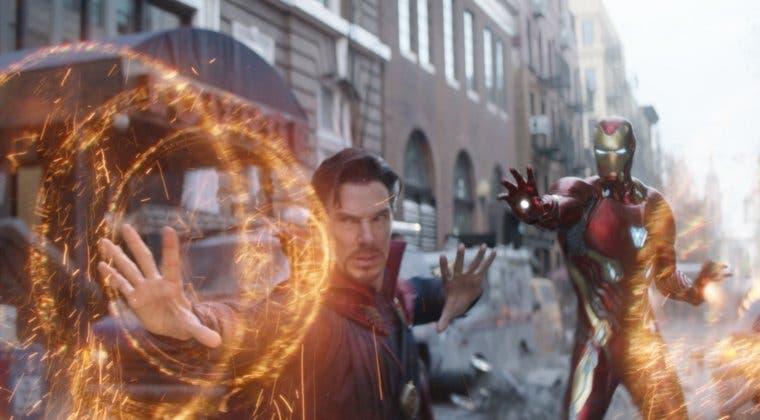Imagen de Vengadores: Robert Downey Jr. publica un clip de Iron Man con la capa de Doctor Strange