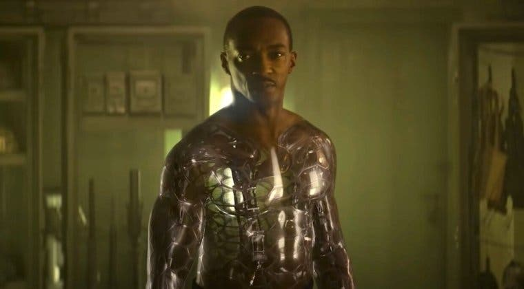 Imagen de A Descubierto: Anthony Mackie se convierte en un androide en el tráiler de la nueva película de Netflix