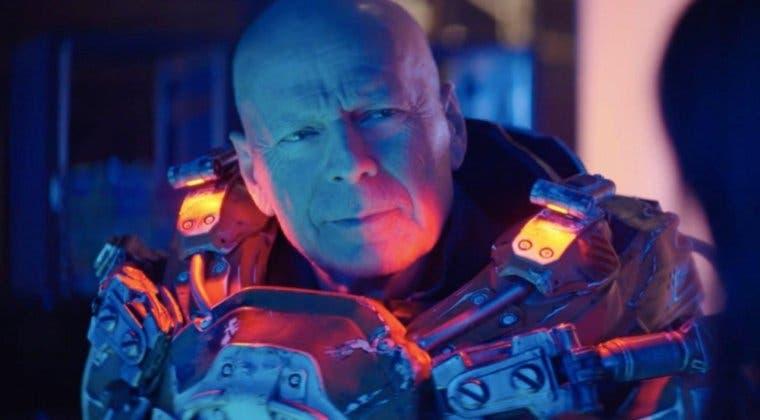 Imagen de Así es el sorprendente tráiler de Cosmic Sin en el que Bruce Willis destruye alienígenas