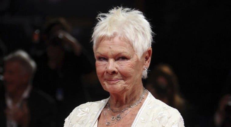 Imagen de Judi Dench continúa actuando a pesar de la ceguera que padece, y lo hace de esta forma
