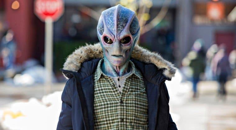 Imagen de Syfy renueva Resident Alien por una temporada 2 antes de terminar la prime