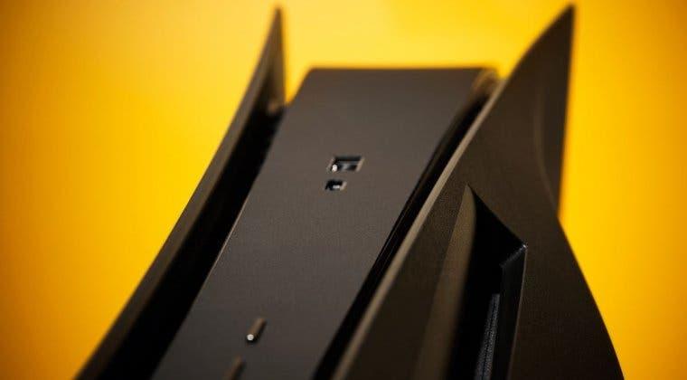 Imagen de Así son las carcasas negras no oficiales de PS5 que ya puedes comprar