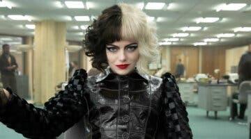 Imagen de Emma Stone también está considerando demandar a Disney por el estreno de Cruella