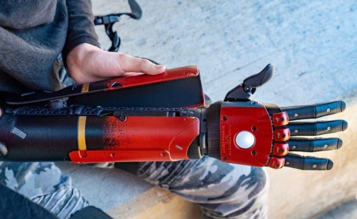 metal gear solid brazo bionico tiktok