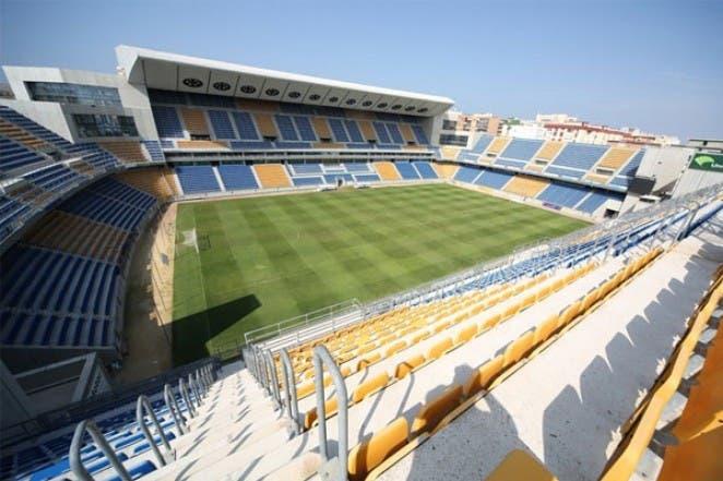 FIFA 22: ¿Qué clubes de Liga Santander y Liga SmartBank contarán con sus propios estadios y cuáles no? Cádiz
