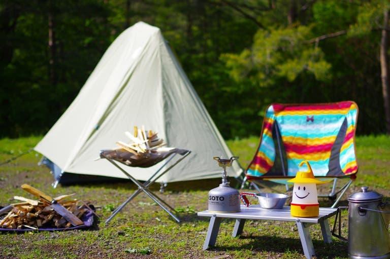 yuru camp acampada