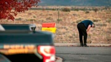 Imagen de La persona que entregó el arma cargada a Alec Baldwin tuvo un problema parecido en otro rodaje