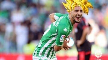 Imagen de ¡Kamehameha!; Álex Moreno del Betis celebra su gol en LaLiga a lo Dragon Ball